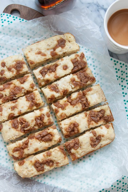 Apple Streusel Pancake Bars